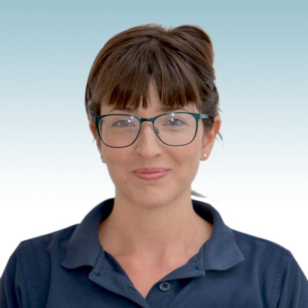 Lisa Karpati Leon