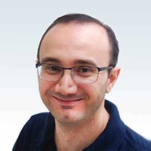 Tandläkare Loucian Alshamani