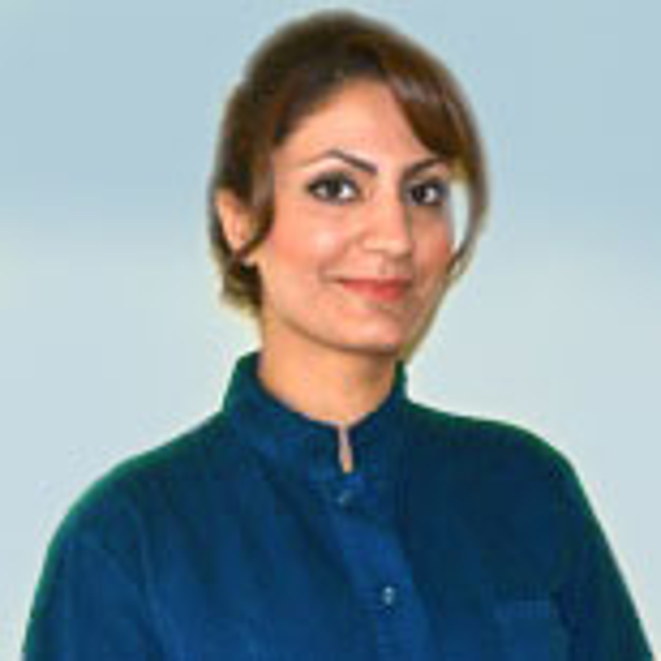 Tandsköterska Sanaria Filizadeh